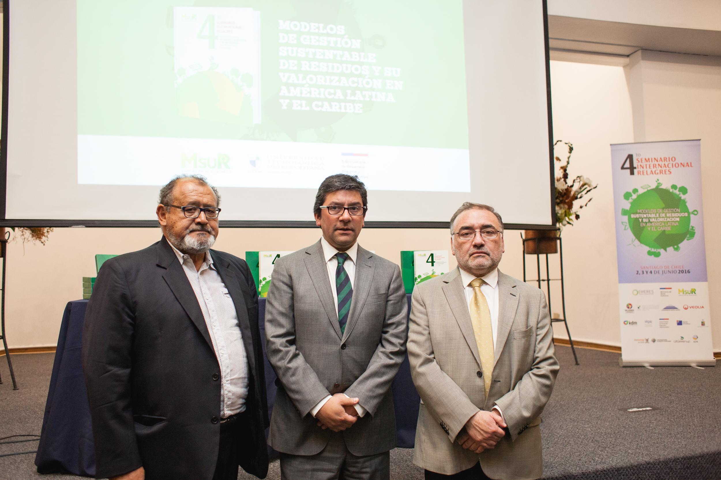 expositores-presentacion-libro-modelos-gestion-sustentable-residuos